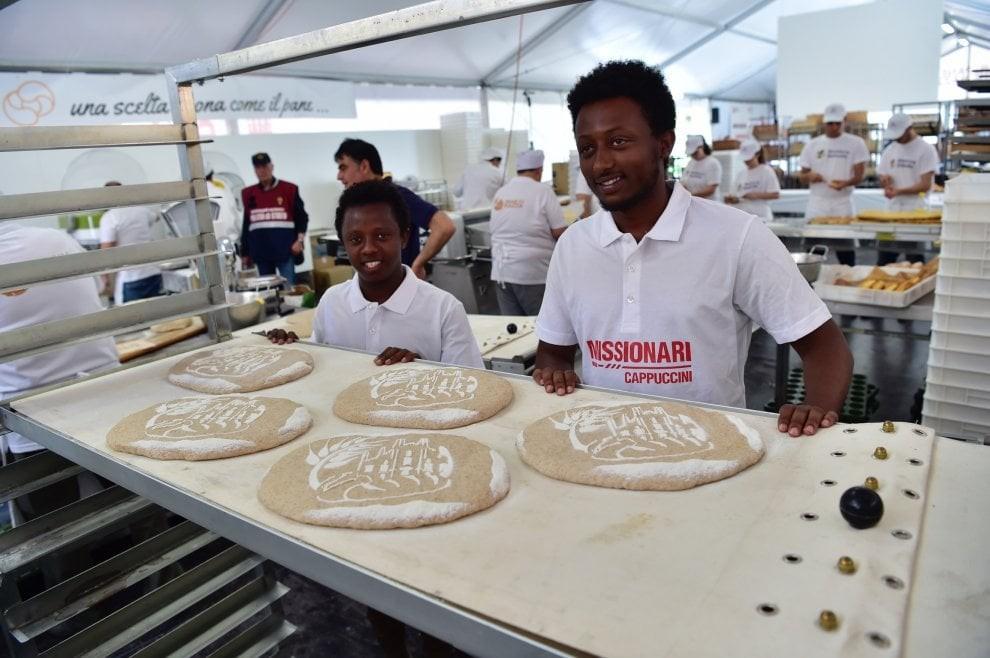 Pane in Piazza, a Milano la beneficenza dei panificatori italiani